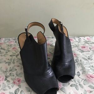 Coach Lindsay black wedges Fall wedges size 8